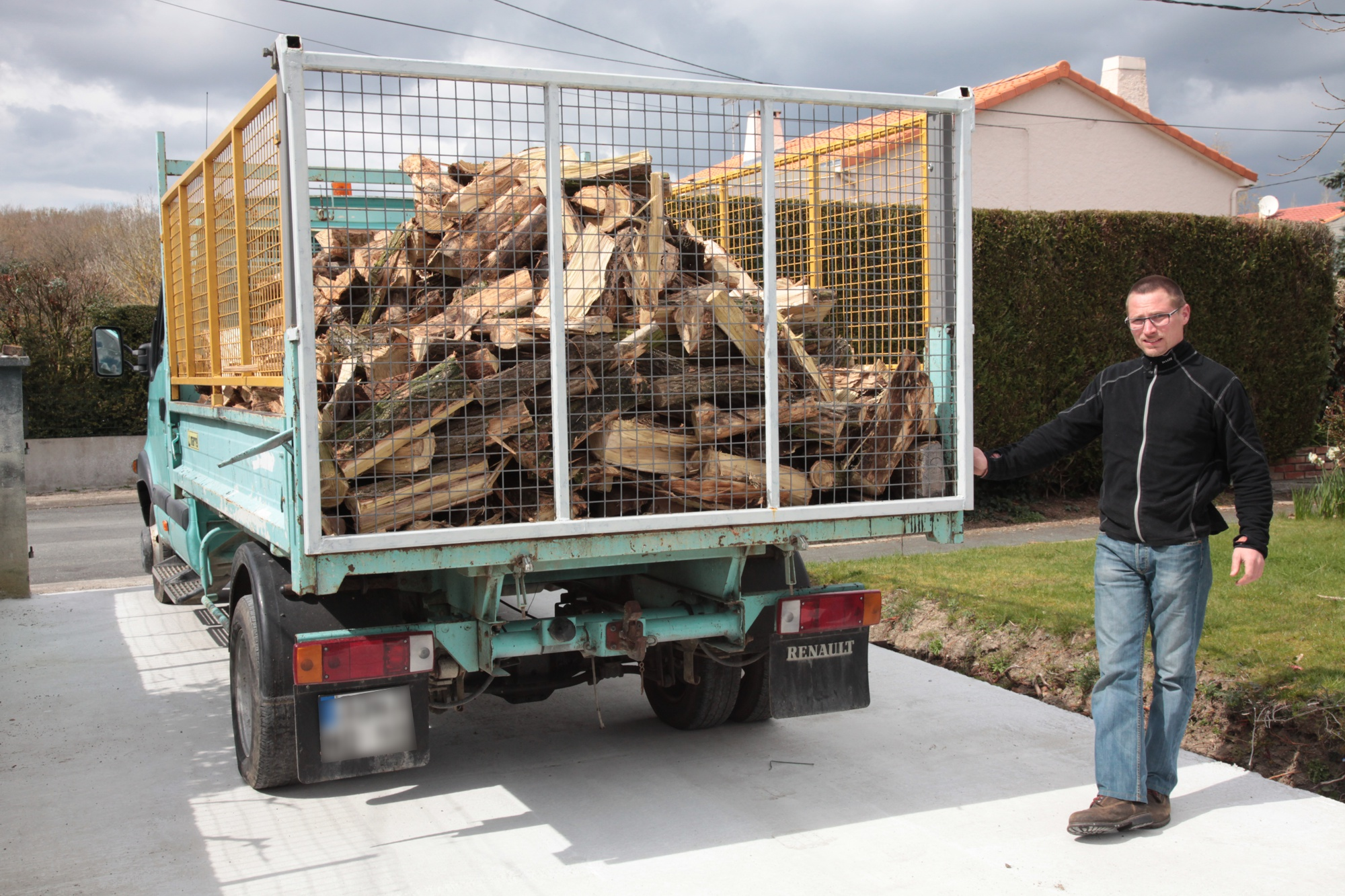 Livraison de bois à St Laurent sur Sèvre